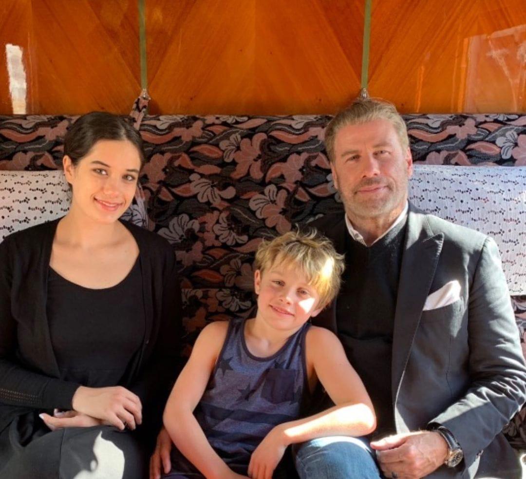 John Travolta, jeho dcera Ella Bleu Travolta a syn Benjamin Travolta