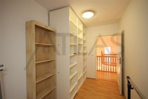 Lots of storage space -For Rent: 4-bedroom, 180 sqm house Prague 6 - Nebusice