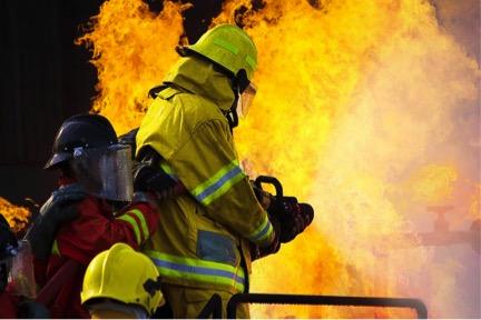 hasiči na cvičení