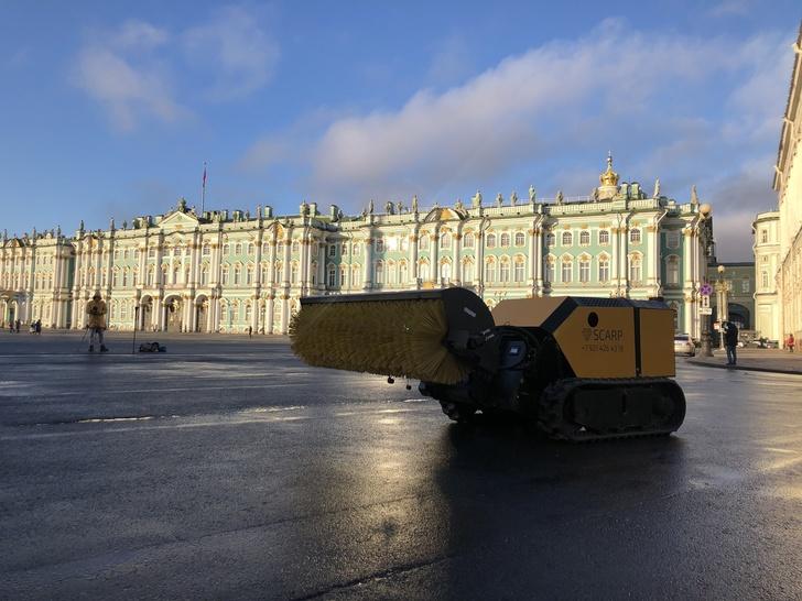 Multifunkční pásová vozidla SCARP dálkově ovládaná z Petrohradu 2